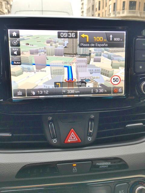 Hyundai i30 | Sistema multimédia | ©viagensa4