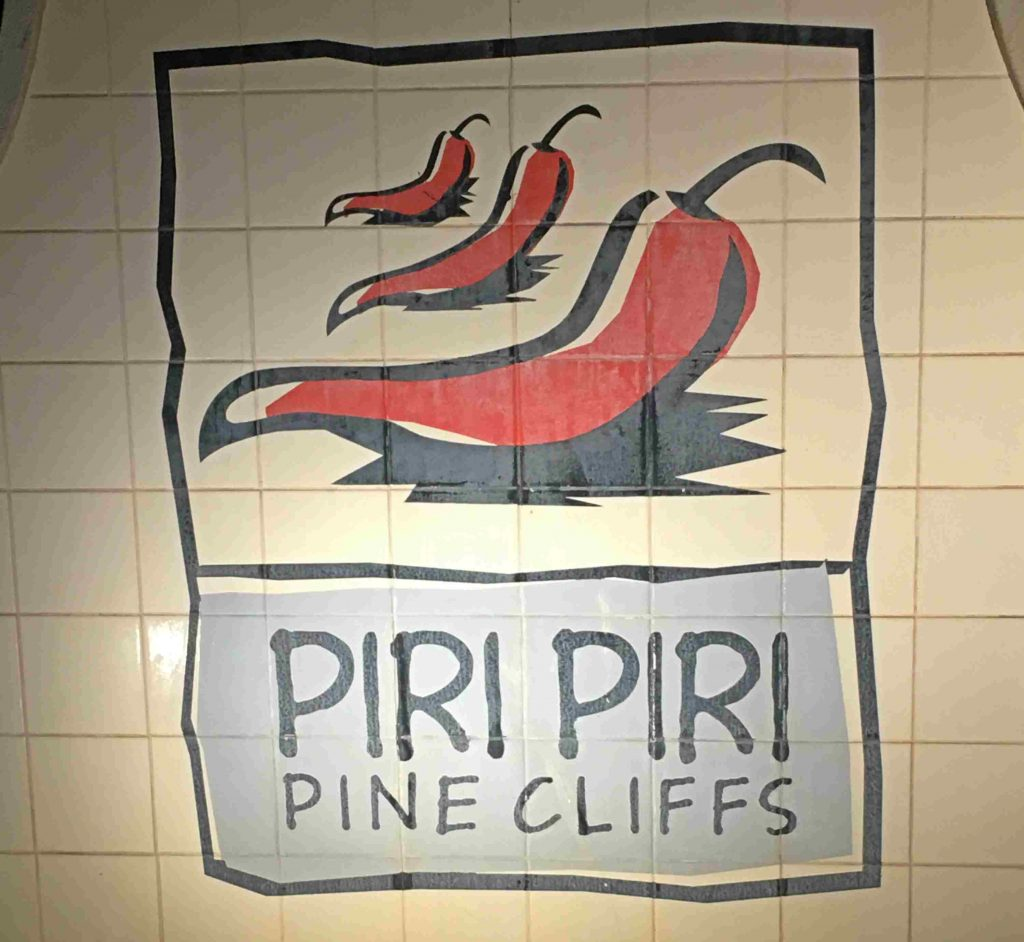 Piri Piri @pinecliffs | ©viagensa4