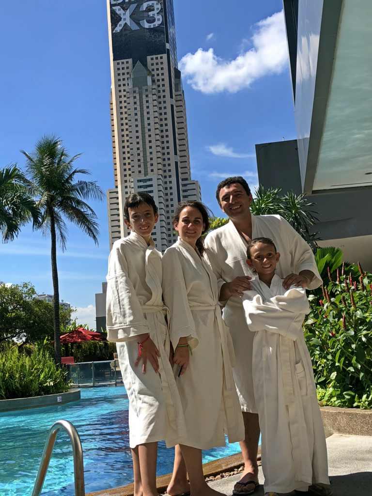 Amari Watergate Bangkok dream pool