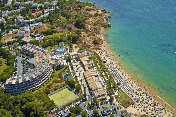 Grande Real Santa Eulália | 5 estrelas literalmente em cima da praia!