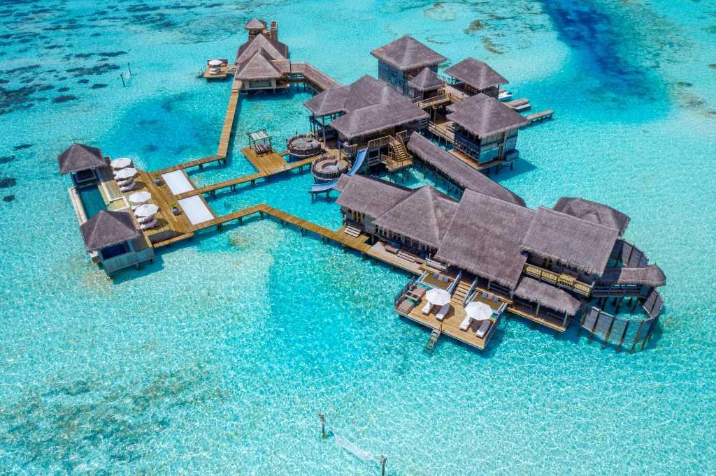 overwater villa nas maldivas
